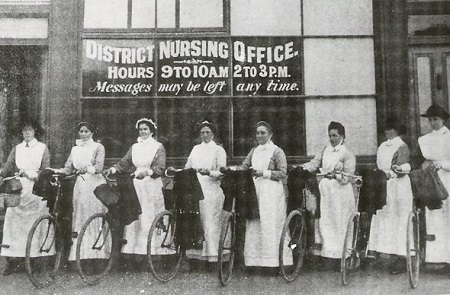 Vintage-nurses-in-bicycles-1914[1]